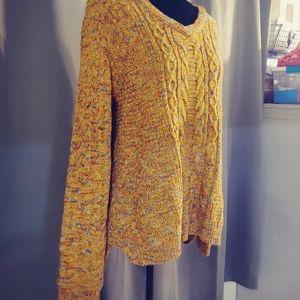 Beautiful Fall Cableknit Sweater